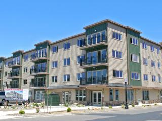 Beautiful Condos in Old Town on the Harbor - Rockaway Beach vacation rentals