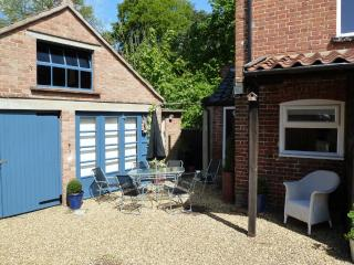 Delightful spacious Holiday Cottage in Suffolk - Suffolk vacation rentals
