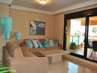 Holiday-Vacation Beach Flat Las Salinas Estepona - Estepona vacation rentals