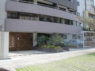 Miraflores New and Comfortable - Great Deal! - Miraflores vacation rentals