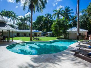 luxury 5 to 8 bed villa in Queens Fort, Barbados - Holetown vacation rentals