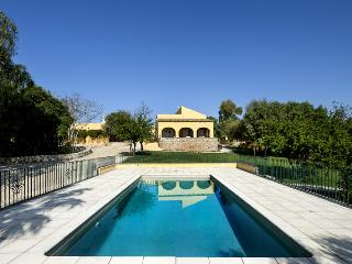 Quinta Girassol  (Sunflower Farm) - Faro District vacation rentals