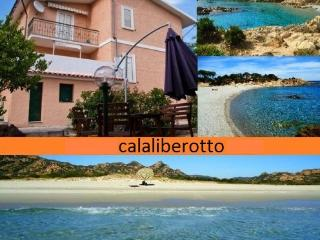 Apartment in Villa very close to beach 7 beds - Orosei vacation rentals