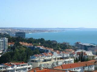 NEW Perfect Sea and Mountain View Cascais - Cascais vacation rentals