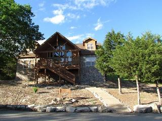 Huckleberry Haven - 4 Bedroom, 4 Bath Stonebridge Resort Cabin - Branson vacation rentals