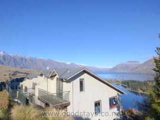 Edinburgh Drive No.2 - Queenstown vacation rentals