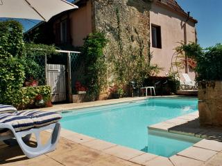 An old restored farmhouse with a pool in a quiet village near the Dordogne - Dordogne Region vacation rentals