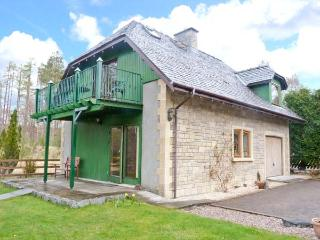 JANNY'S COTTAGE, open fire, two bathrooms, close to Ski Resort, near Fort William, Ref. 25667 - Fort William vacation rentals