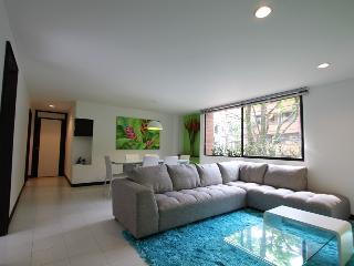 202 Soto Verde - Stylish Convenience - Santa Fe de Antioquia vacation rentals