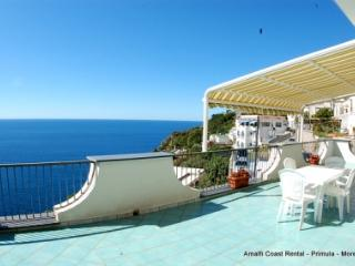 Moressa sunny apartment in Praiano, large terrace - Amalfi vacation rentals
