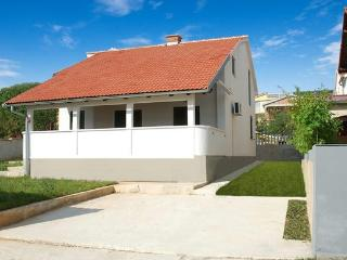 Vila with sea view for 5 +2 guests - Zadar County vacation rentals