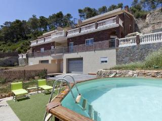 SURROUNDED NATURE Very peaceful Near to Barcelona. - Cervello vacation rentals