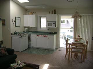 Waterfront 2 Bedroom  2 Bathroom Suite - Peachland vacation rentals