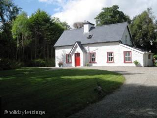 Donnelly Cottage - Beautiful Traditional Irish Cottage - Kenmare - rentals