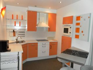 Modern furnished penthouse close to the main market and very quiet - Antwerpen vacation rentals