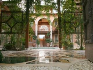 Entrance Courtyard - Luxury and peaceful Cypriot rural villa retreat. - Limassol - rentals