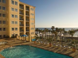Pool and building - Oceanside Ca Dlux Oceanfront avail 8/15/14-8/22/14 - Oceanside - rentals