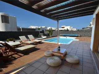 Holiday house for 6 persons, with swimming pool , near the beach in Yaiza, Playa Blanca - Lanzarote vacation rentals