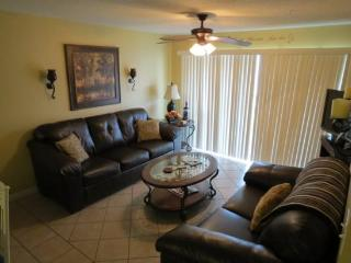 Pet Friendly Unit in the Popular Gulf View Ciboney on Scenic Gulf Drive! - Destin vacation rentals