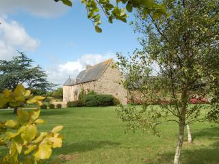 Two gites in a renovated 16th century Manor House in french Brittany - Brittany vacation rentals