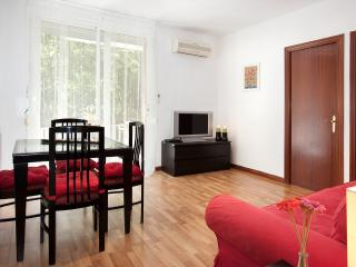 BRIGHT & LIGHT, a few meters from Las Ramblas - Barcelona vacation rentals
