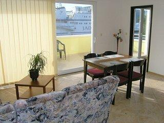 Apartments Zvonimir - 13531-A4 - Brbinj vacation rentals