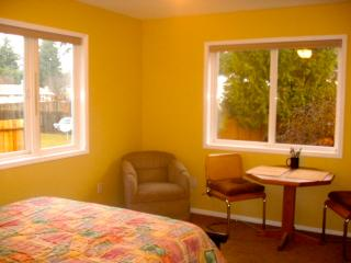 1BR/1BA Two Room Studio - Olympic Vacation Rentals - Port Hadlock vacation rentals