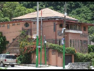 3-bed apt with views, Pana - 10% DISCOUNT Sept/Oct - Panajachel vacation rentals