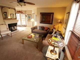 One Bedroom with a Den in Building 4. Enjoy Mountain Views at Canyon View in Ventana Canyon - Tucson vacation rentals