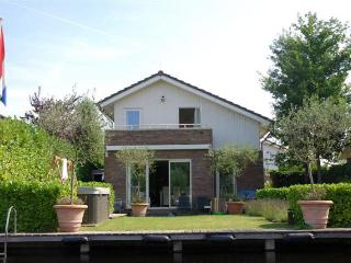 Holiday Rental with Jacuzzi at Lake near Amsterdam - Vinkeveen vacation rentals