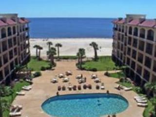 Beautiful 2 Bedroom / 2 Bathroom Condo Directly on the Beach IBTS-322 - Pass Christian vacation rentals