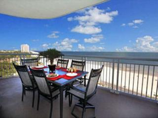 Beautiful 3 Bedroom / 3 Bathroom Corner Unit Overlooking the Gulf LT2-901 - Gulfport vacation rentals