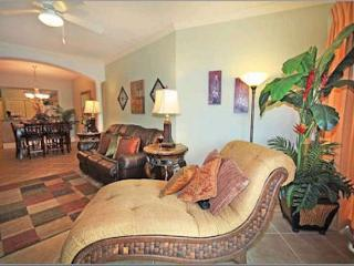 Beautiful 4 Bedroom / 2 Bathroom Condo Overlooking the Gulf LT2-905 - Gulfport vacation rentals