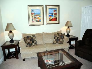 Beautiful 2 Bd/ 1.5 Bth 2 Story Condo Just a Short Walk to the Beach OS-90 - Gulfport vacation rentals