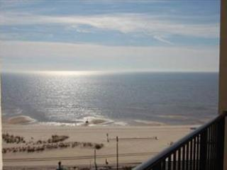 Beautiful 2 Bedroom / 2 Bathroom Condo Overlooking the Gulf S-901 - Mississippi vacation rentals