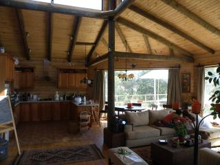 Wooden cottage in the central valley of Chile, breath peace! - Quillota vacation rentals