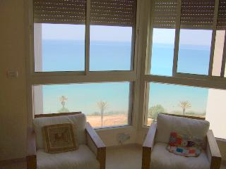 Nitza - Superb, spacious strictly kosher 4 bedroom sea-front apartment - NB03K - Netanya vacation rentals