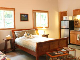 Studio Sanctuary in Haiku - Clean & Affordable! - Kihei vacation rentals