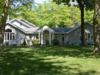 Bear Down - Harbert,MI - Harbert vacation rentals