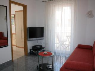 Bol apartment for 4 people Lelana - Bol vacation rentals