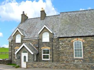 GLEN NUG, pets welcome, woodburner, en-suite facilities, great touring base in Rhydlydan, Ref. 26312 - Rhydlydan vacation rentals