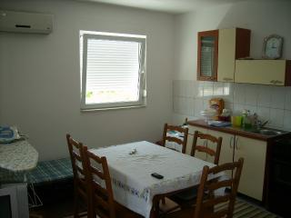 Apartments Emil - 26591-A2 - Srima vacation rentals