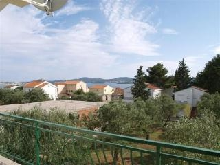Apartments Vesna - 28381-A3 - Sv. Filip i Jakov vacation rentals