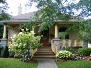 Hathaway's Cottage ~ A Stratford Bed & Breakfast - Stratford vacation rentals