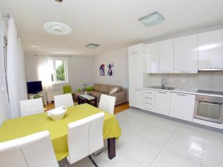 Lila apartment 3 (4+2) - Zadar County vacation rentals