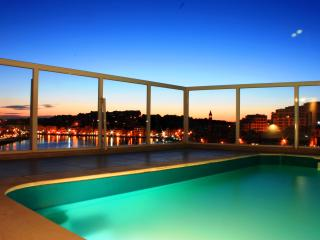 Seaview penthouse with plunge pool, sleeps 8 - Island of Malta vacation rentals