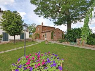 VILLA ALBA, with Swimming Pool, near Cortona - Cortona vacation rentals