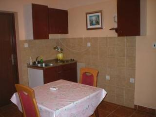 8255  A1(2+1) - Vir - Northern Dalmatia vacation rentals