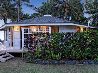 Sands Villas Beachfront: Coral Villa - Rarotonga vacation rentals