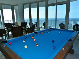 Penthouse Pleasures! Pool Table, Suspended in Air! - Gulf Shores vacation rentals